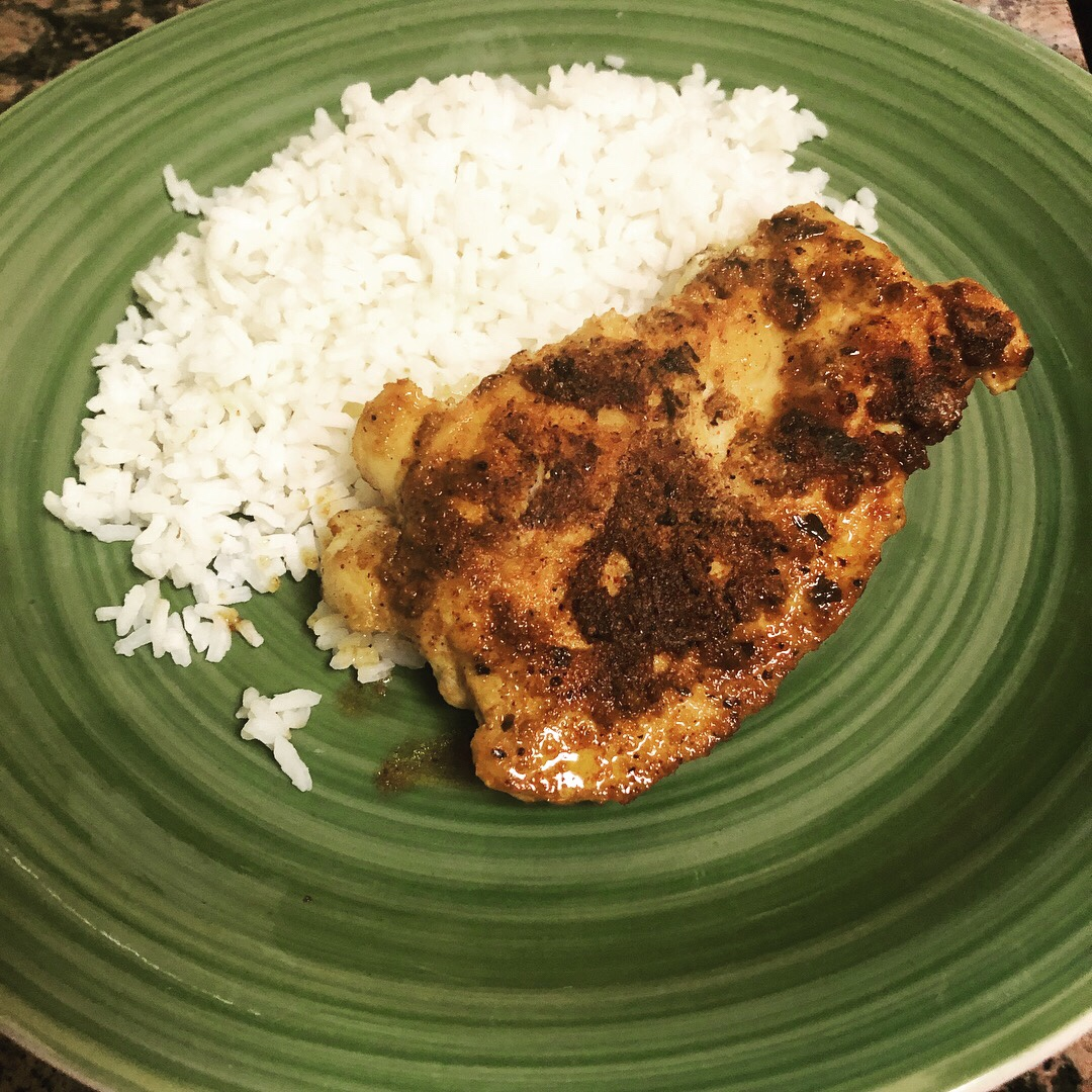 Spicy Garlic Lime Chicken and Rice | the sociable celiac